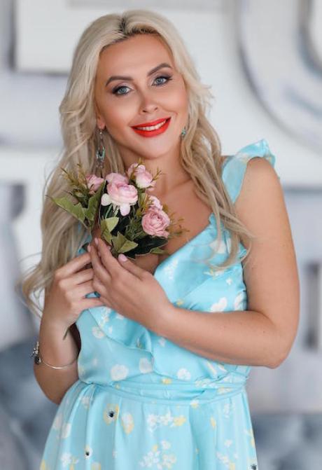 Photos of Yaroslava, Age 45, Rovno